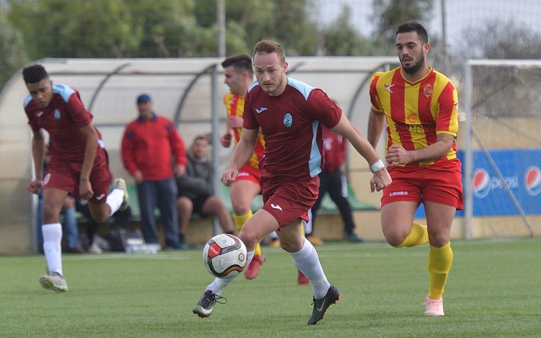 Qala retain pressure on the top teams