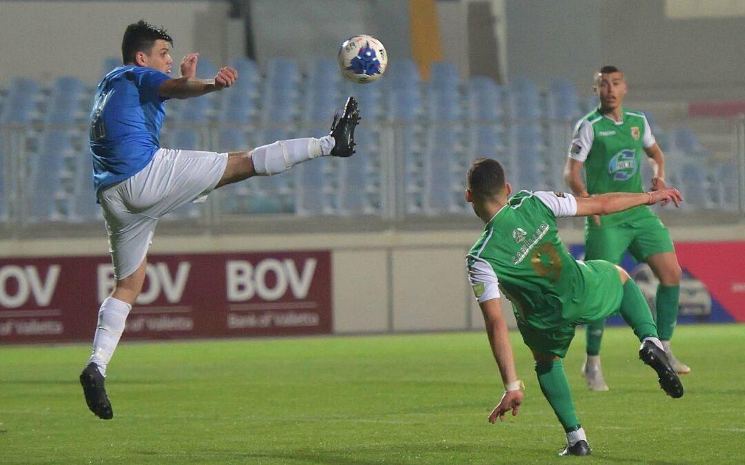 Kercem Ajax earn a point and retain their status