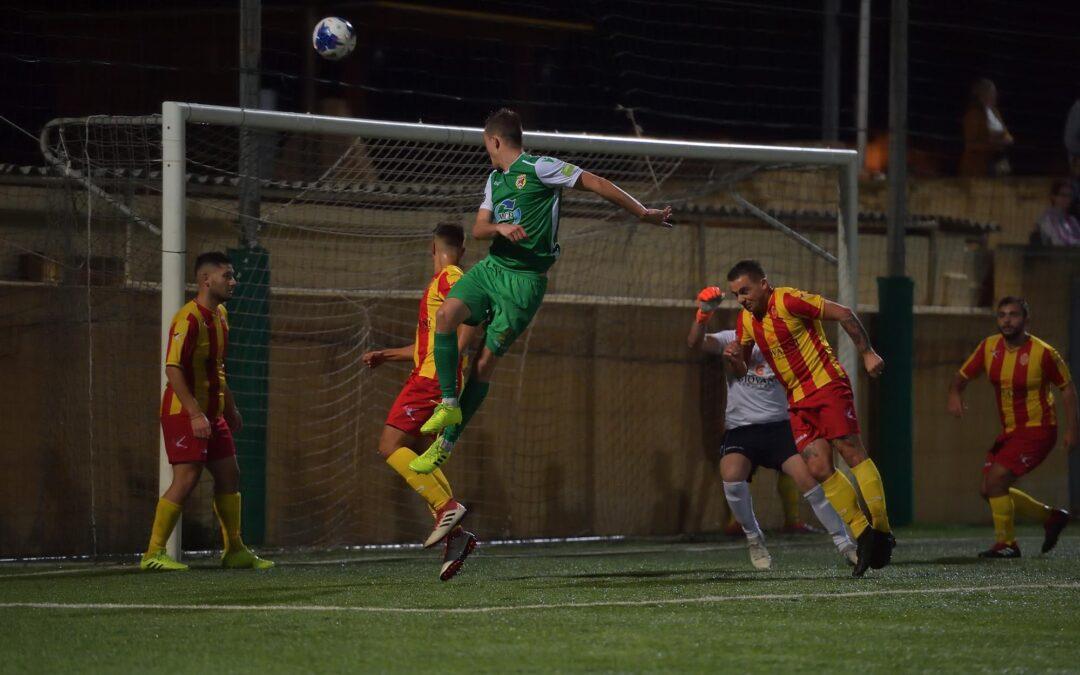 Kercem obtain qualification with late goals